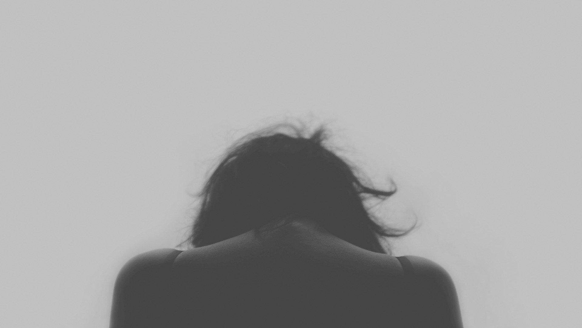 Violencia contra a mulher Free-Photos por Pixabay